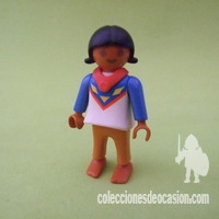 Playmobil Niña india con collar rojo